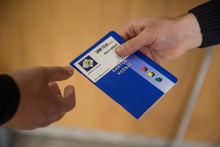predaja kartoncka kartoncek voznje vpis prepis avtosole pogoji